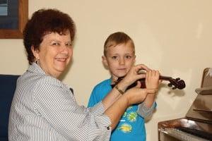 The Joys of Teaching Beginner Violinists